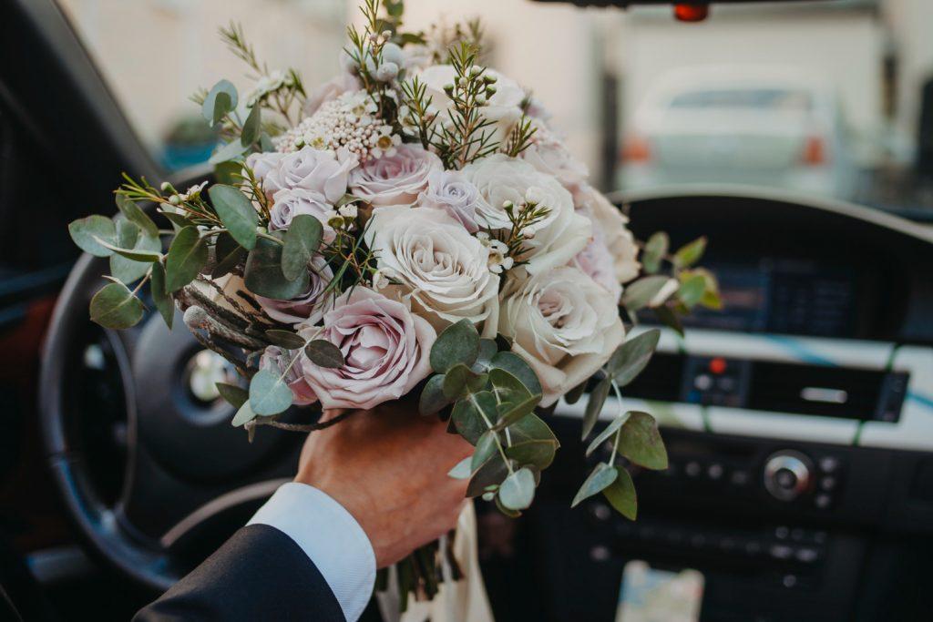 ช่อดอกไม้ส่งฟรี